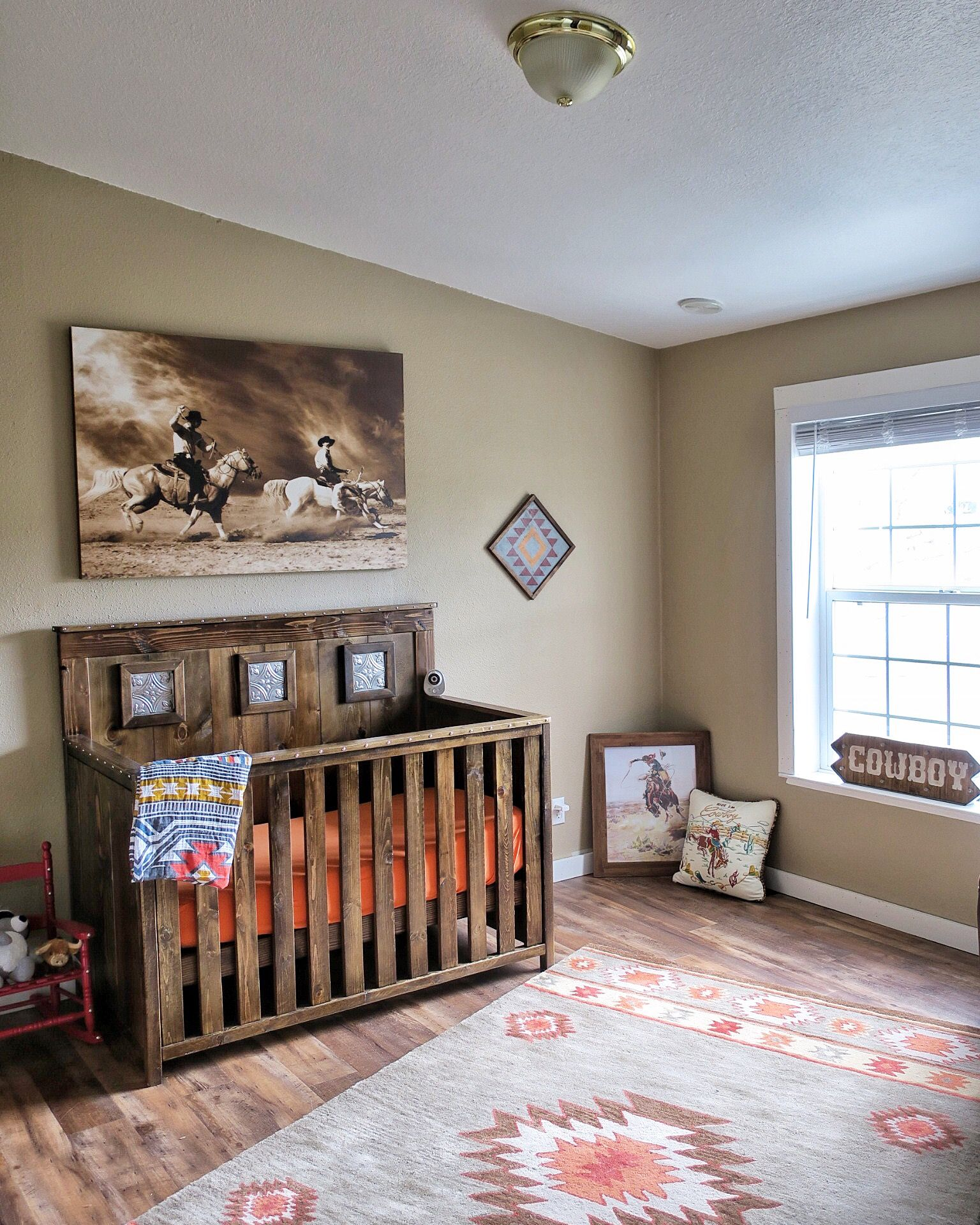 Rustic Country Baby Nursery Novocom Top