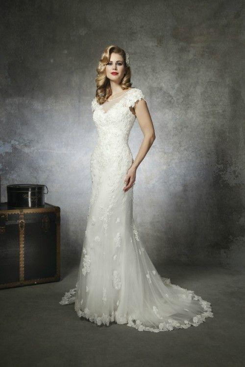 1930s And 1950s Inspired Gorgeous Wedding Dresses Weddingomania