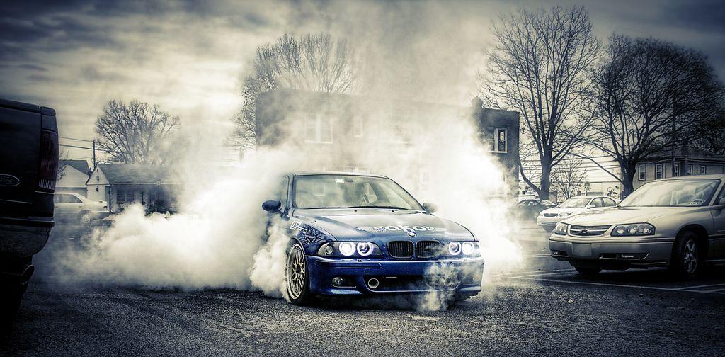 M5 burnout bmw performance performance driving car culture