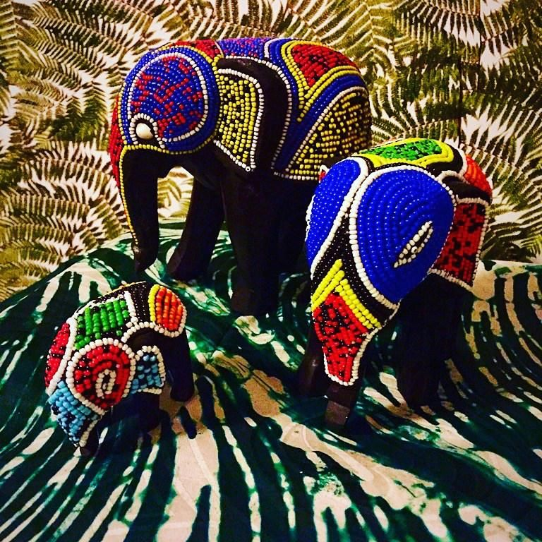 Beaded Elephants   African decor, Elephant, Interior ... - photo#46