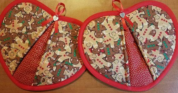 Check out this item in my Etsy shop https://www.etsy.com/listing/480124918/gingerbread-handy-heart-potholders