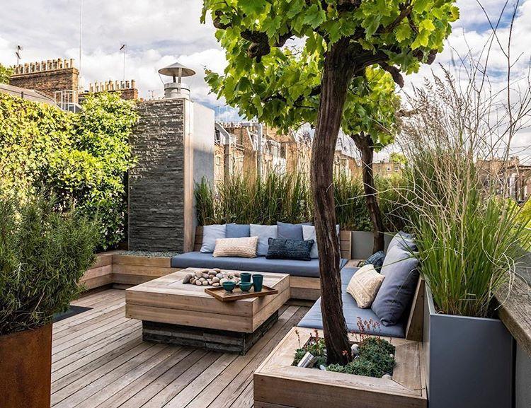 Pin By Elaine On The Garden Rooftop Terrace Design Roof Garden