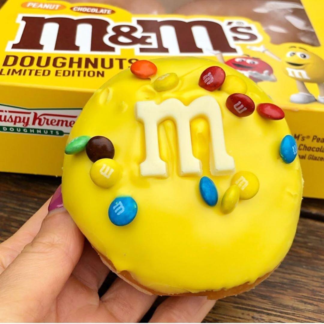 OMG THIS M&M DONUT FROM KRISPY KREME IN AUSTRALIA