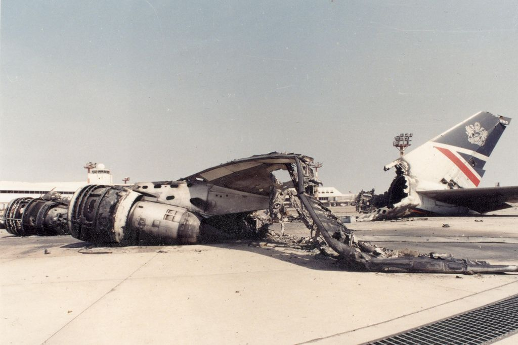 2 August 1990 British Airways Flight 149 Landed At Kuwait International Airport Four Hours After The Iraqi Inva Aviation Accidents Aircraft Modeling Aviation