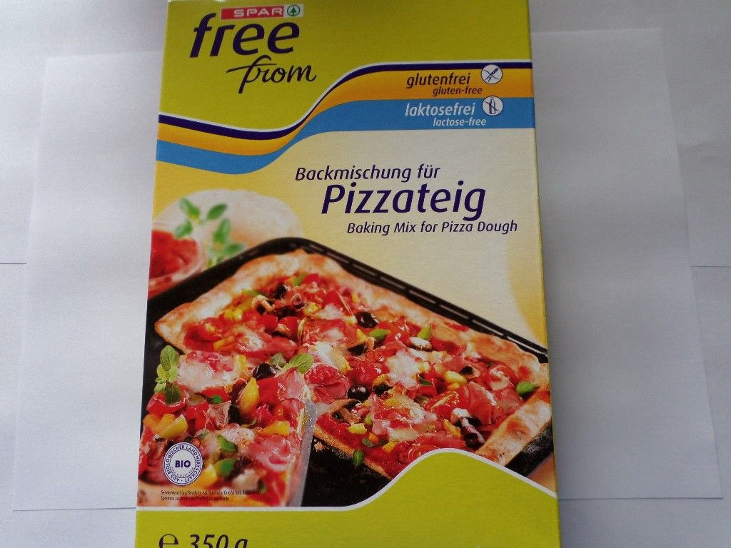 Spar Free From pizza deeg mix.  Lactosevrij, Glutenvrij & Gen-tech-vrij.  (verpakking is Duitstalig).