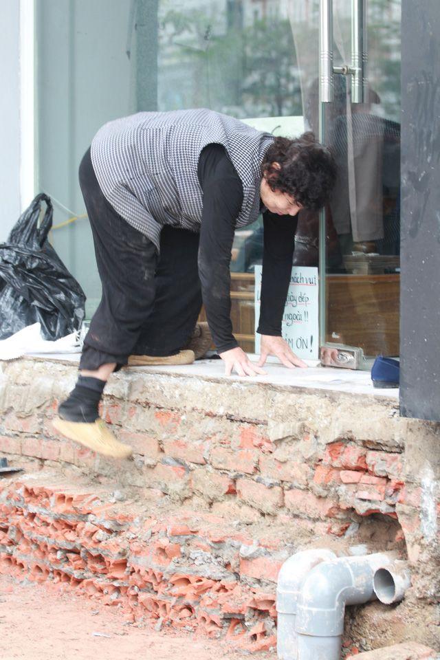 Thủ đô: Trót lấn chiếm vài bậc tam cấp người địa phương giờ khổ vì chiến dịch đòi lại lòng phố