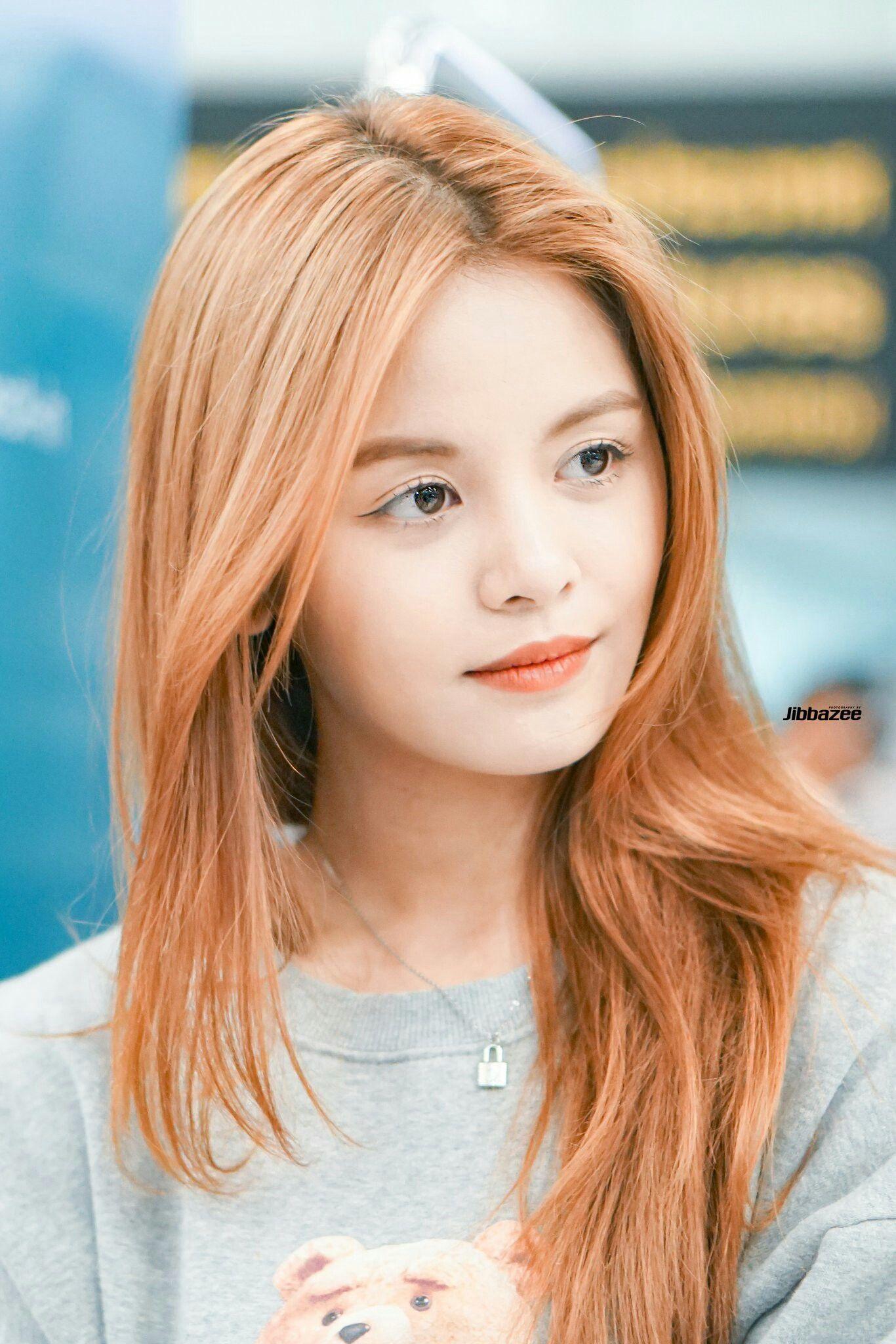 Pin By B On Clc Clc Beauty Kpop Girl Groups