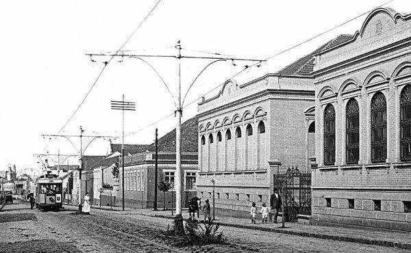 Rua Comendador Araújo, em 1915   MEMÓRIAS DE CURITIBA   My land e ... b759e6ebc2