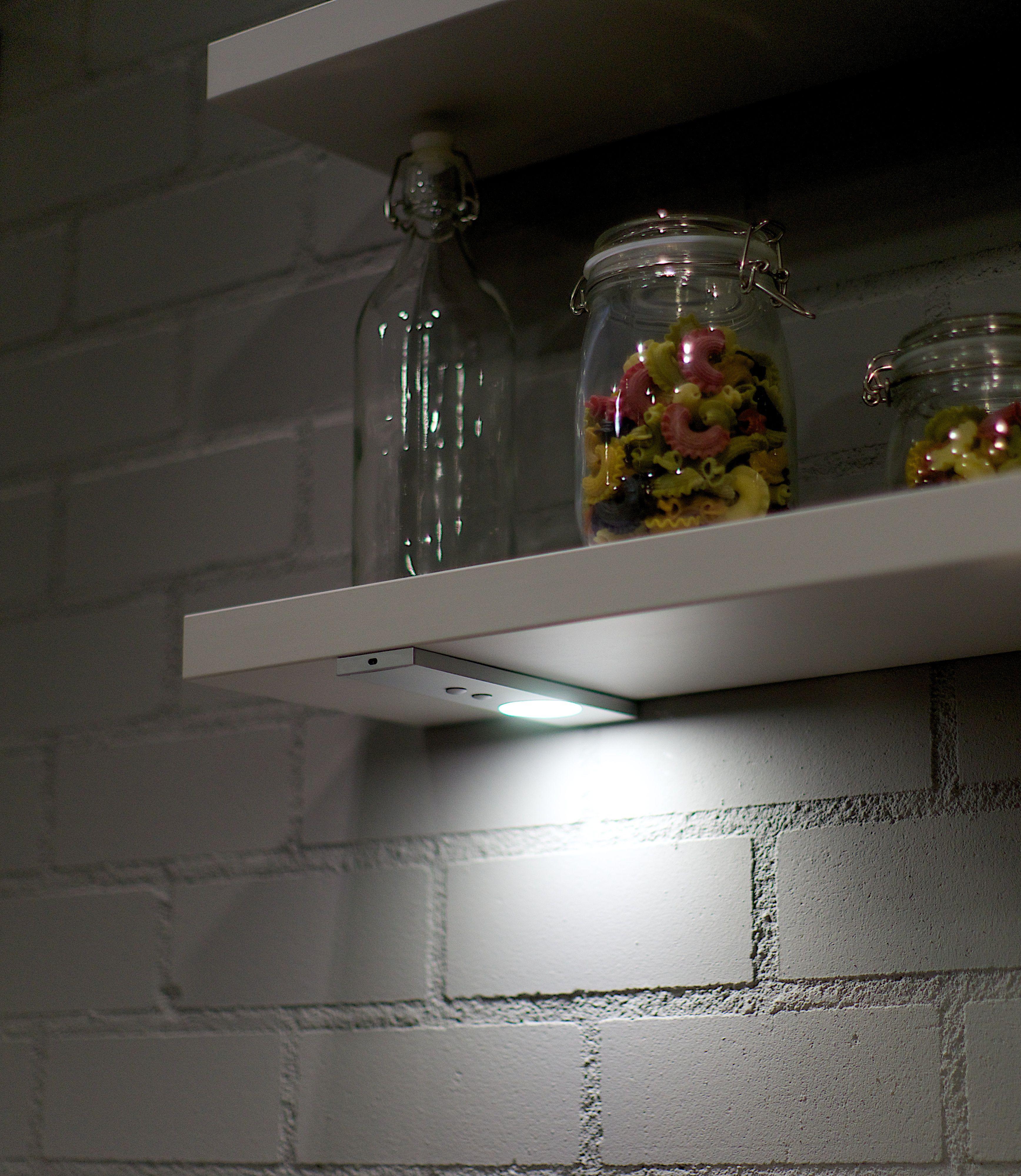 KARWEI | Kies voor smartlights met zwaaisensor voor boven het ...