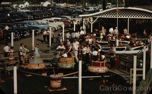 Rides for young kids at Roseland Park circa 1950s