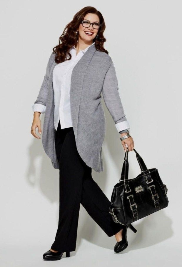 Modest Work Outfits For Plus Size Women 31 #businesscasualoutfitsforwomen