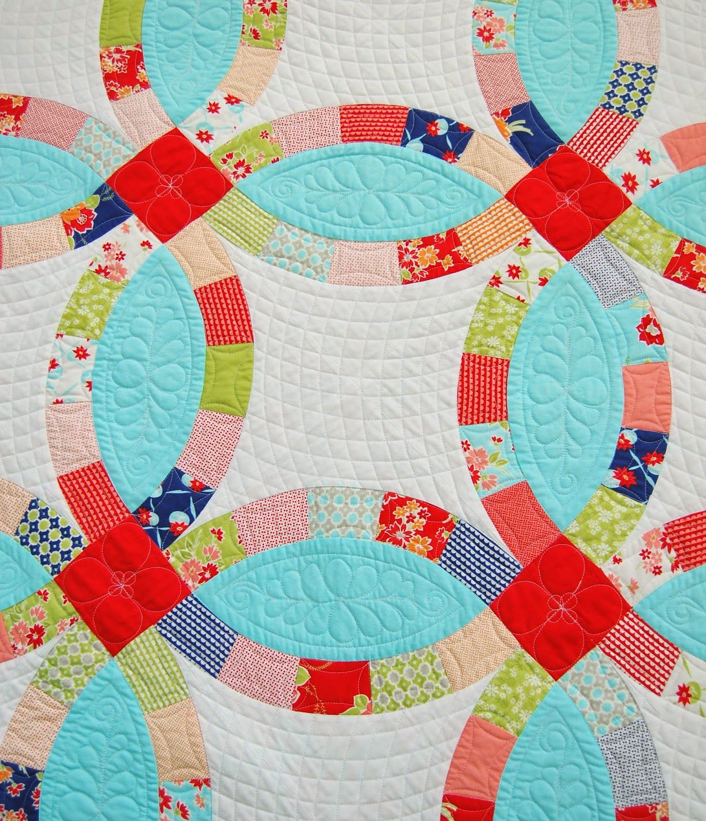 Cotton Waynew Double wedding ring quilt pattern. LOVE it