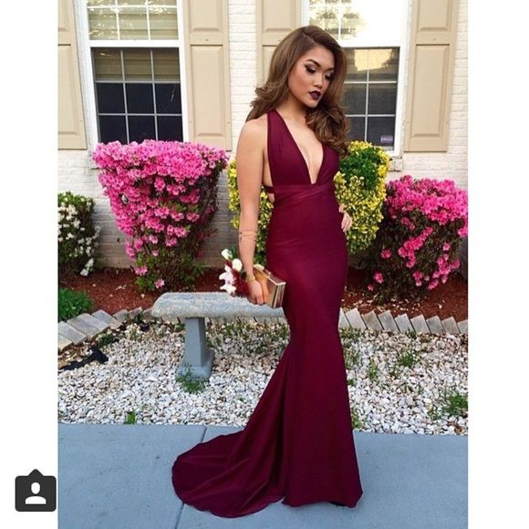 Cleavage Prom Dresses