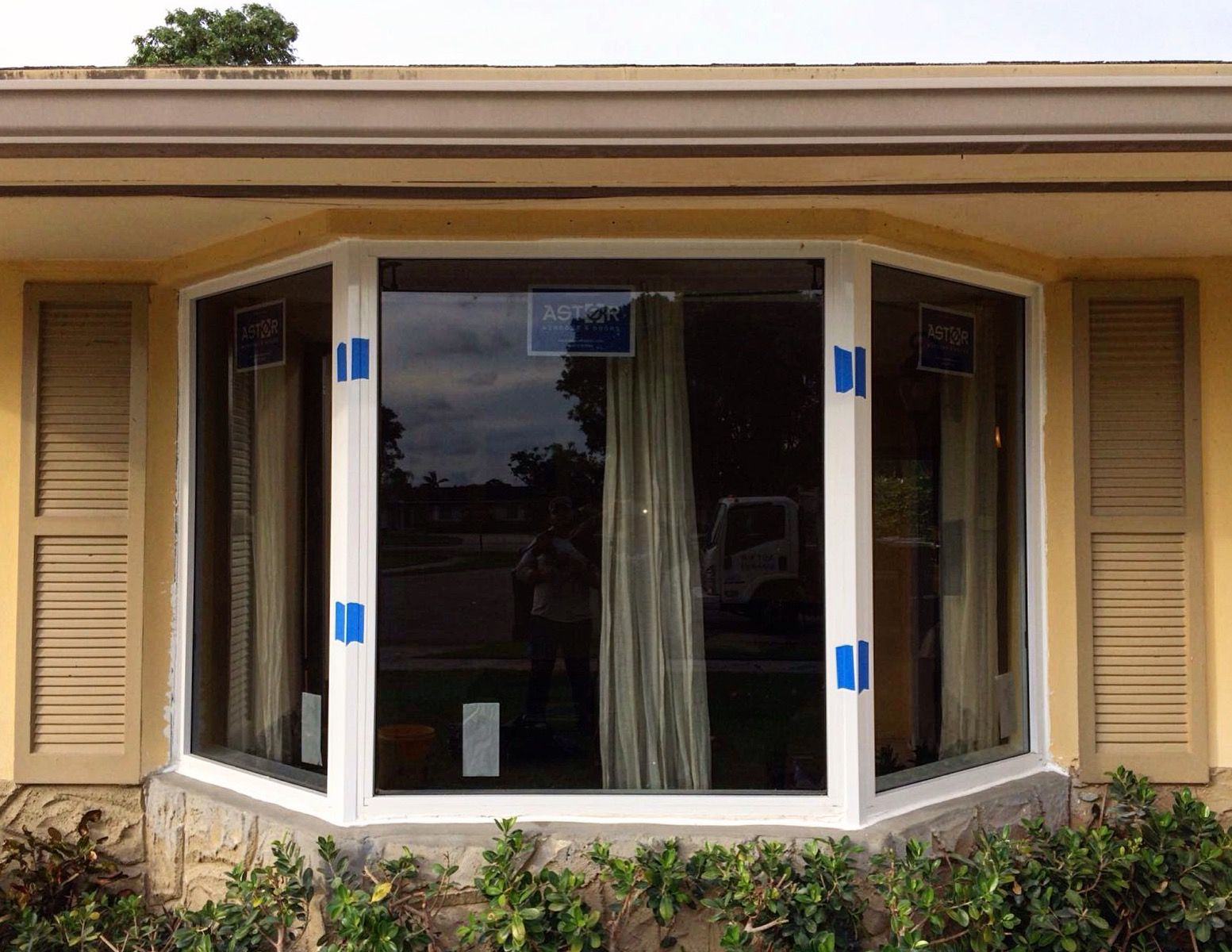 Installation Of Impact Resistant Bay Window In Miami Florida The