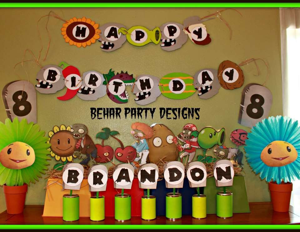 zombies birthday brandons 8th plants vs zombies birthday party - Zombie Party Supplies