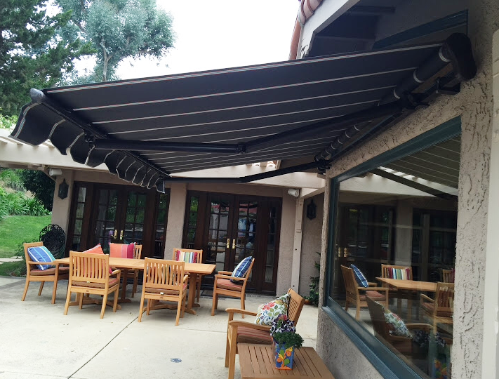 RETRACTABLE AWNING · Retractable AwningGarden BarPorchesProject ... & RETRACTABLE AWNING | Retractable Awnings | Pinterest | Retractable ...