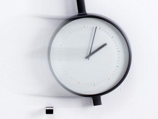 Pendola Clock By Samuel Wilkinson Joe Wentworth Pendulum Clock Clock Design Gadgets