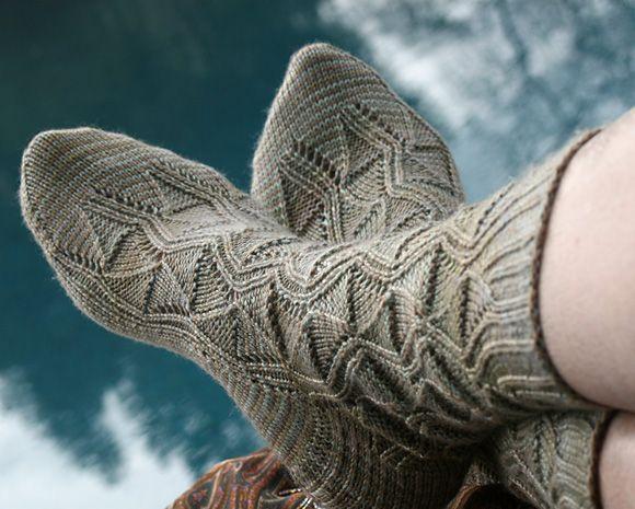 Rivercat Socks: #knit #knitting #free #pattern #freepattern #freeknittingpattern #knittingpattern