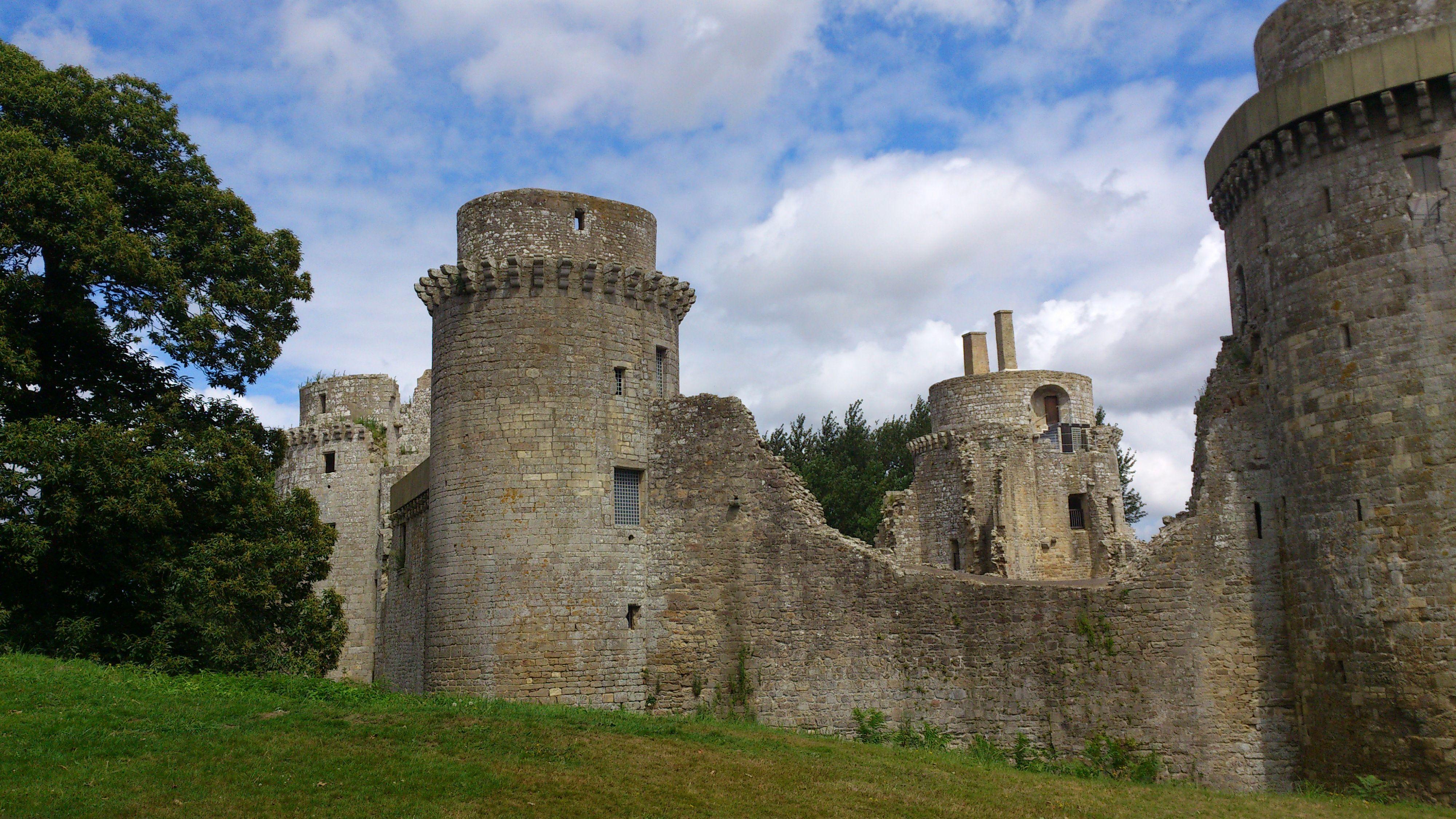 chateau de la hunaudaye 22 france