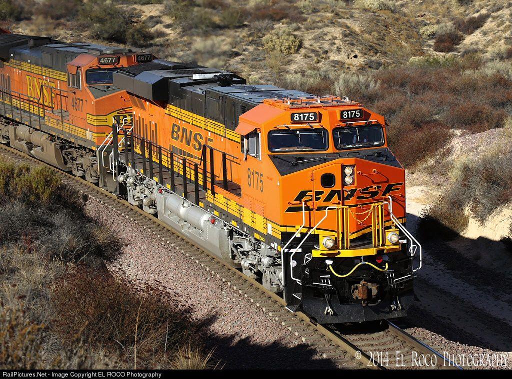 Net Photo: BNSF 8175 Burlington Northern Santa Fe GE ES44C4 at Cajon Pass