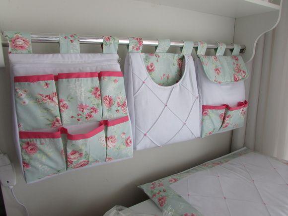 Porta fralda é uma peça linda pode ser fabricada combinando com o kit do berço  Porta fralda 3 peças  Tecido:fustão 100% algodão  Medidas:30x40 cada R$ 125,00