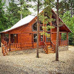 Beavers Bend Area Luxury Honeymoon Cabin Wifi Hot Tub Indoor Amp Outdoor Fireplacevacation Rental In Broken B Honeymoon Cabin Indoor Outdoor Fireplaces Cabin