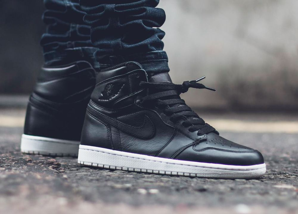 huge discount e299f eb06d Air Jordan 1 Cyber Monday