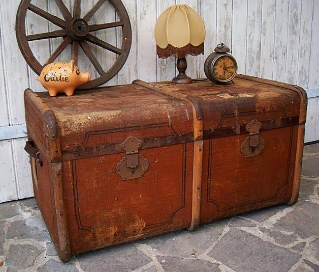 Gernewieder gbr alte koffer vintage koffer bag case luggage valigia pinterest - Alter koffer deko ...
