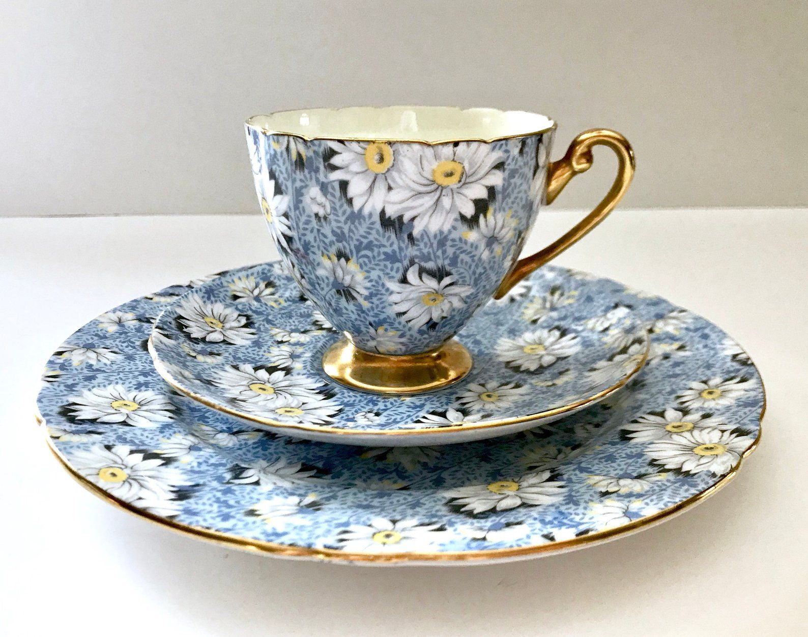 Vintage Shelley Chintz Tea Cup Saucer Blue Daisy Pattern Etsy Tea Cups Tea Cups Vintage Tea