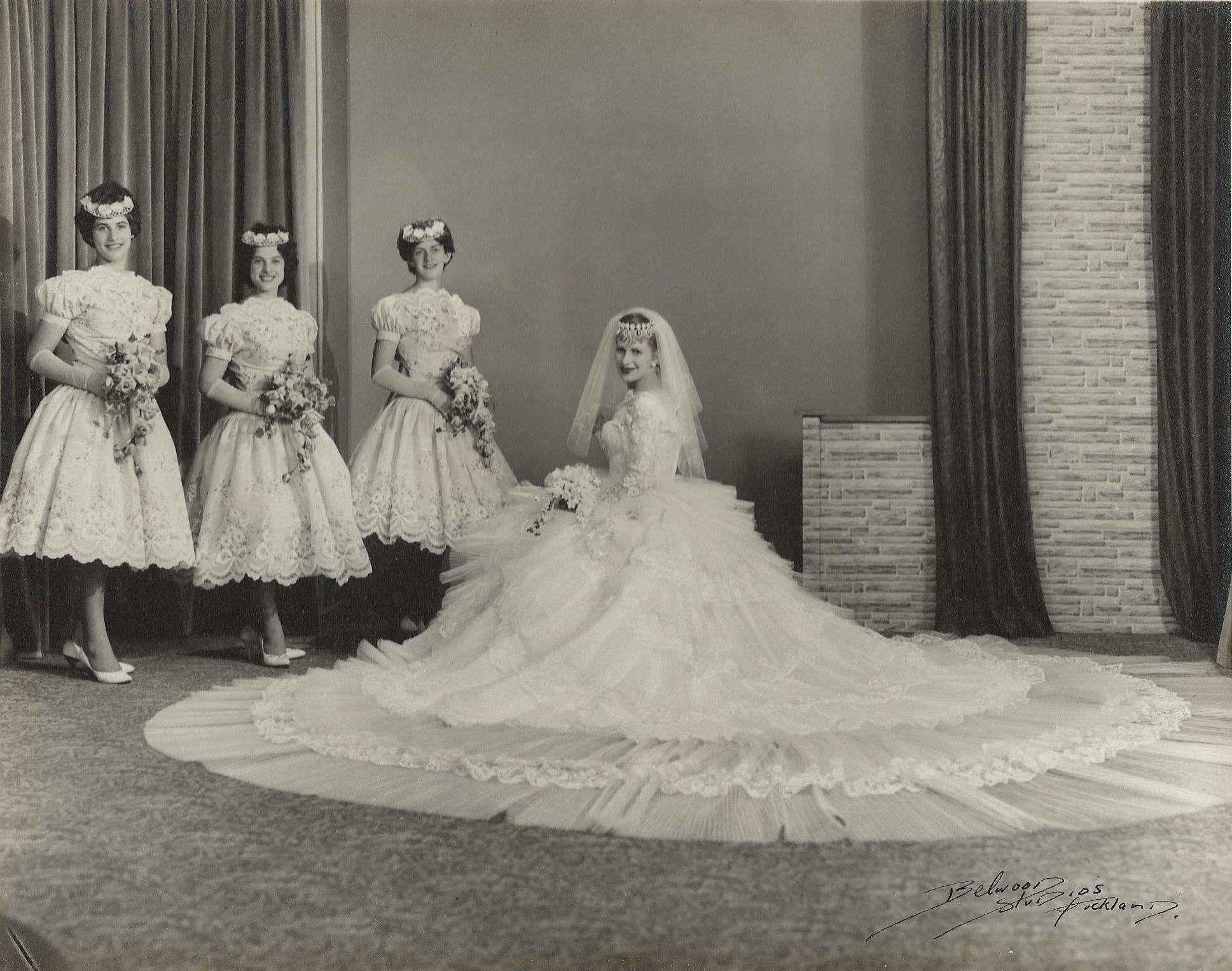 Vintage wedding dress under 500  Chic Vintage Bride  Vinka Lucas  Here Comes the Bride  Pinterest