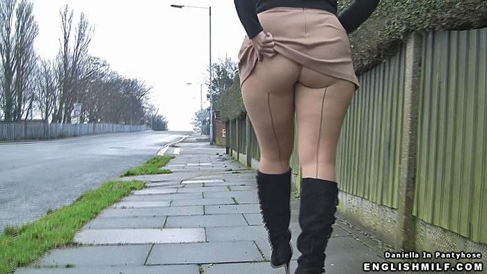 More Pantyhose Videos On