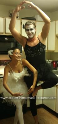 Homemade Black Swan Couple Costume  sc 1 st  Pinterest & Coolest Black Swan Couple Costume | Pinterest | Homemade black ...