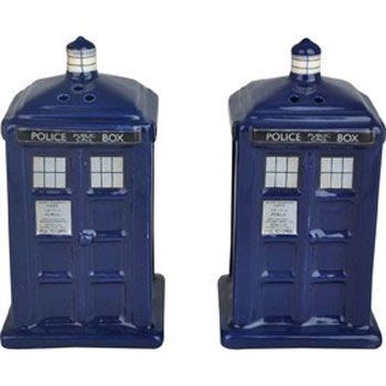 Tardis salt n pepper shakers...So when I get my own place..who wants to buy these for me?