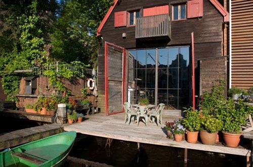 Amsterdam HOYT werf hout staal pui