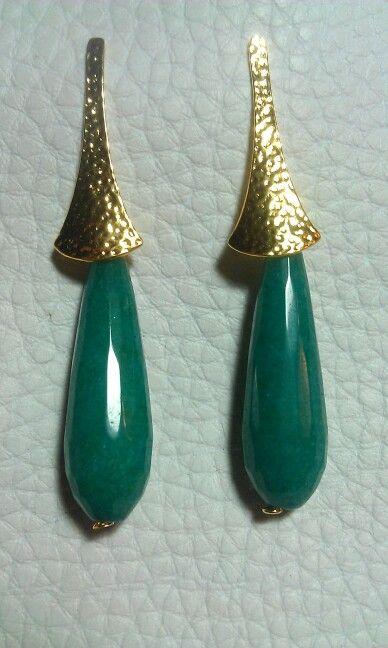 Pendientes Lagrima Jade color aguamarina y dorado flamenca