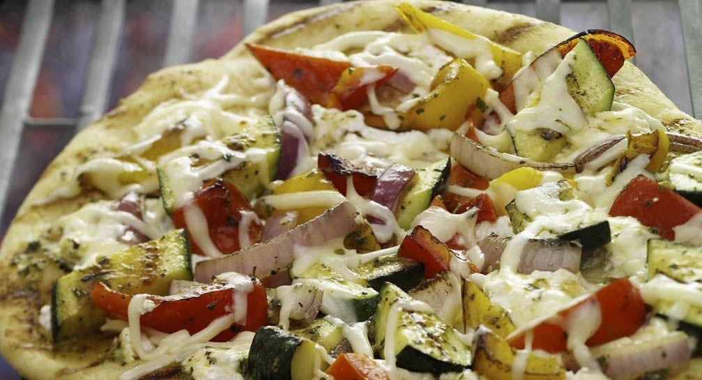 Zesty grilled veggie Pizza