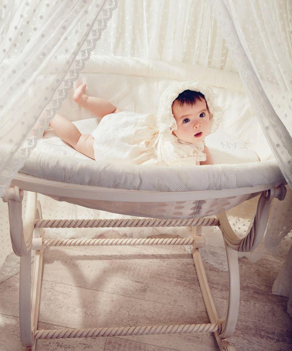 Lit princesse b b luxe recherche google chambre de princesse pinterest baby baby for Lit bebe luxe