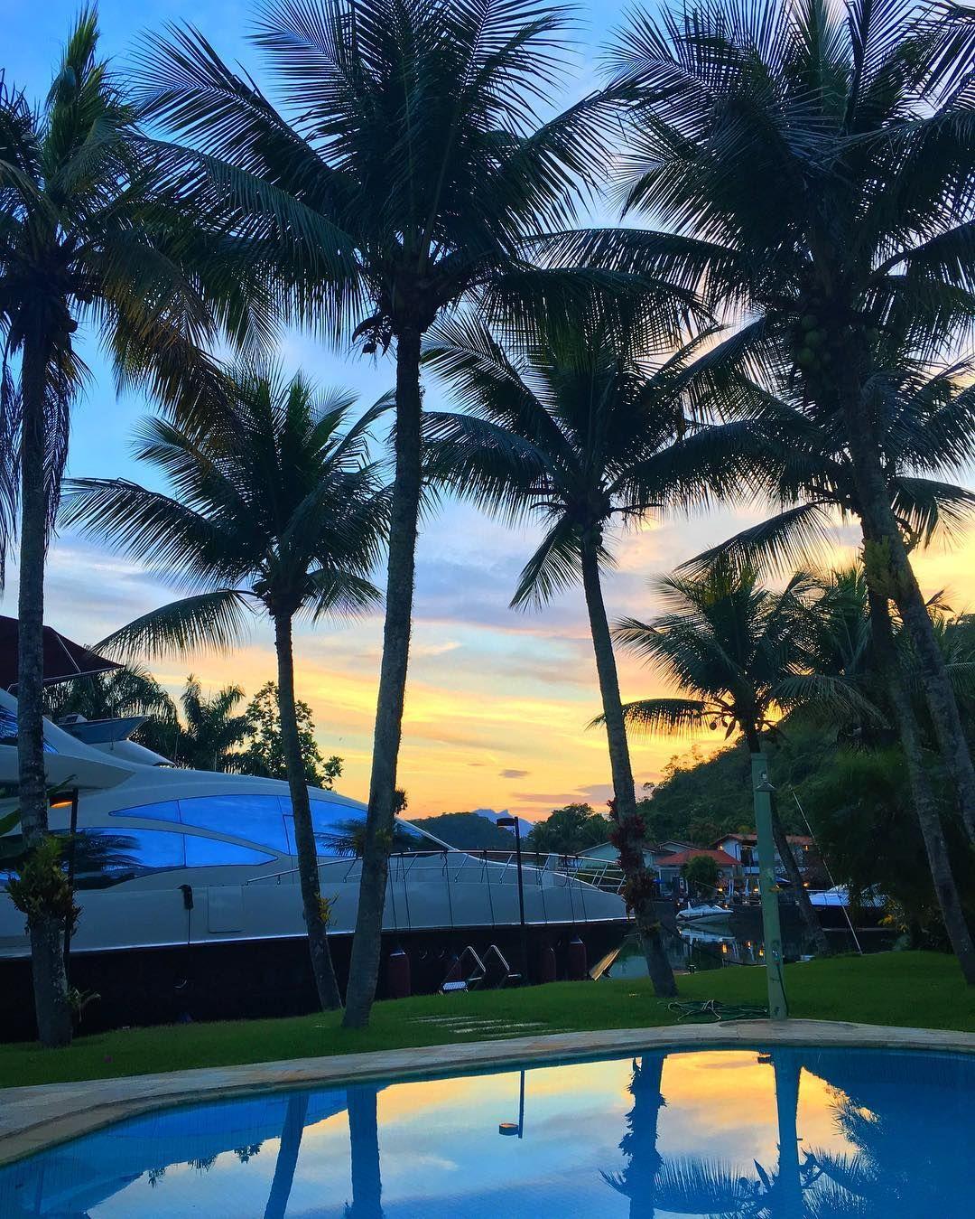 Que delícia que é dormir e acordar cedo! 🌅🙏🏼 Bom dia! #projetocarolbuffara #Sunrise #healthyliving