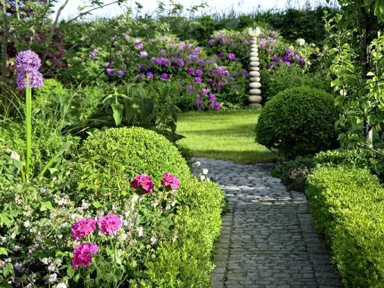 Der perfekte garten garden pinterest garden garden paths und garden design - Gartenpflanzen straucher ...