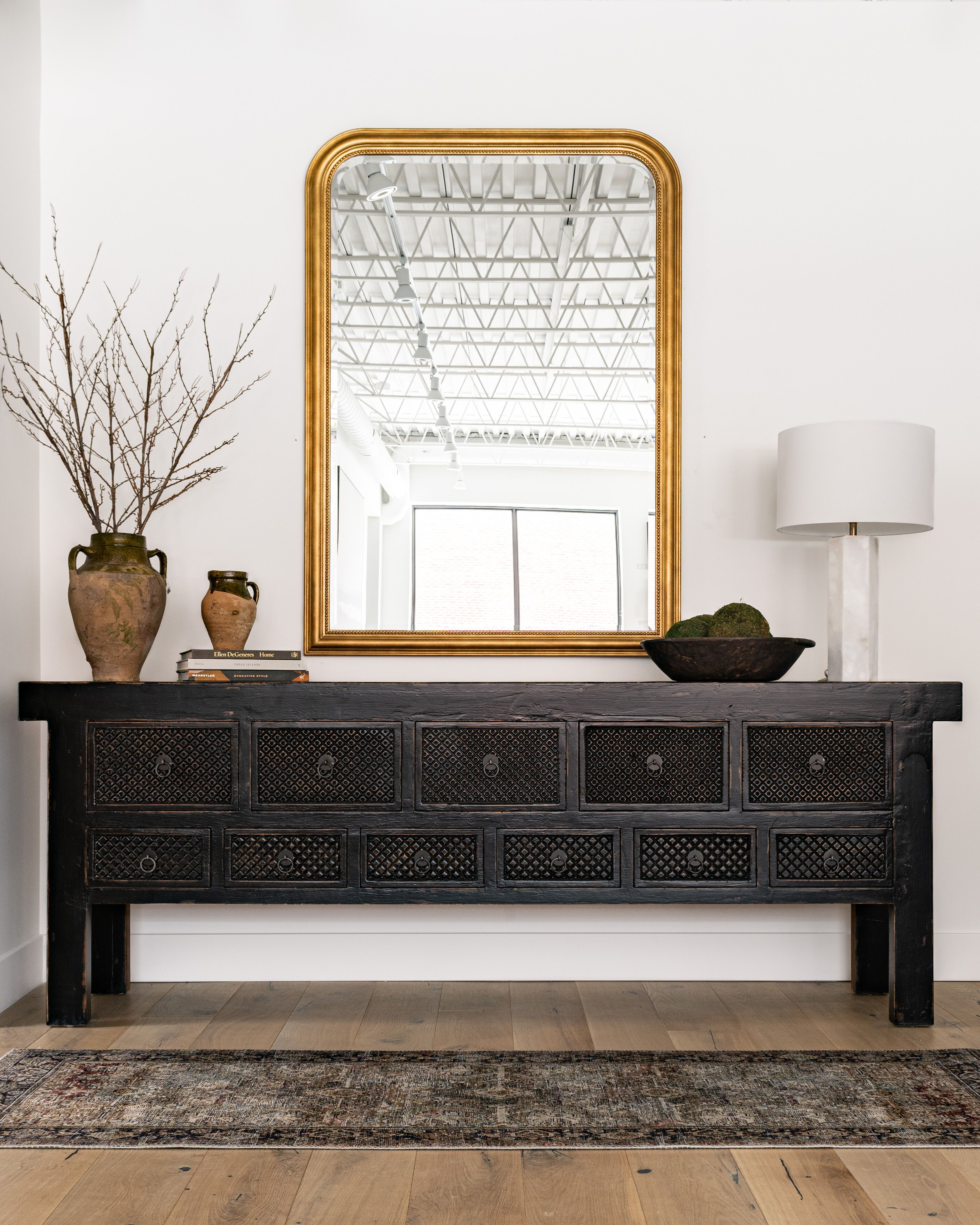 We Are Wrapping Up Our First Project Of 2020 And It Feels So Good We Haven T Shared Much Of Theoliverproject Yet In 2020 Entryway Inspiration Interior Home Decor