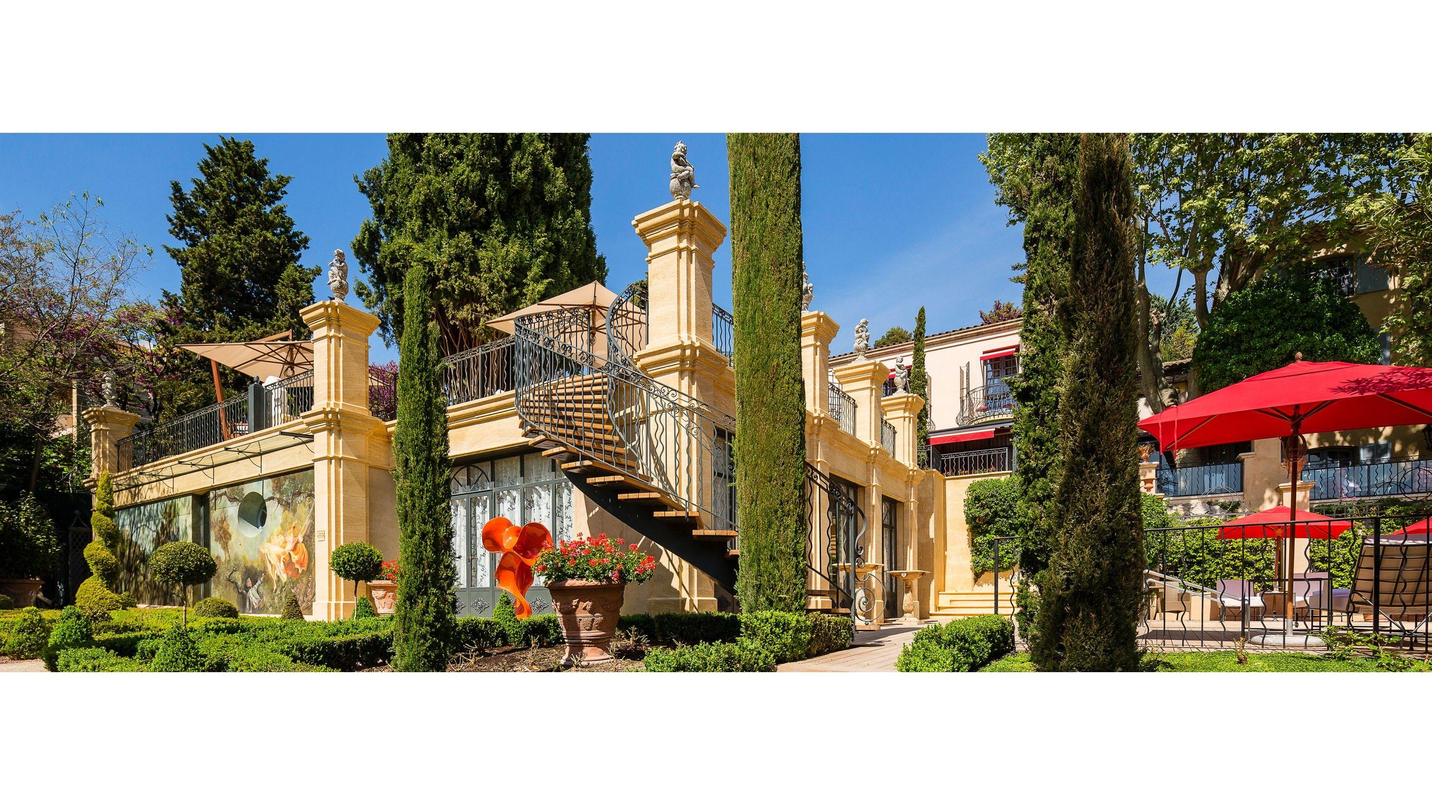 Villa Escudero Restaurant