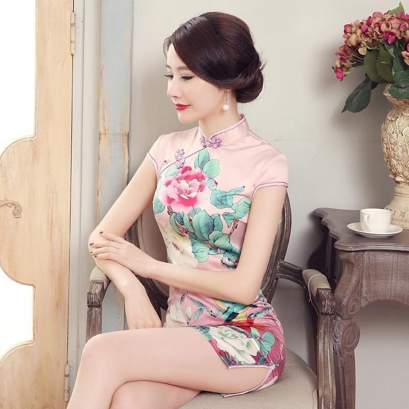 Pin by Ying-Yu Chen on Asian beauty | Asian dress, Pretty