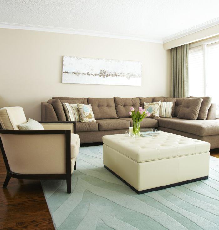 wohnzimmereinrichtung ideen teppich braunes ecksofa tulpen stoffe, Wohnzimmer dekoo