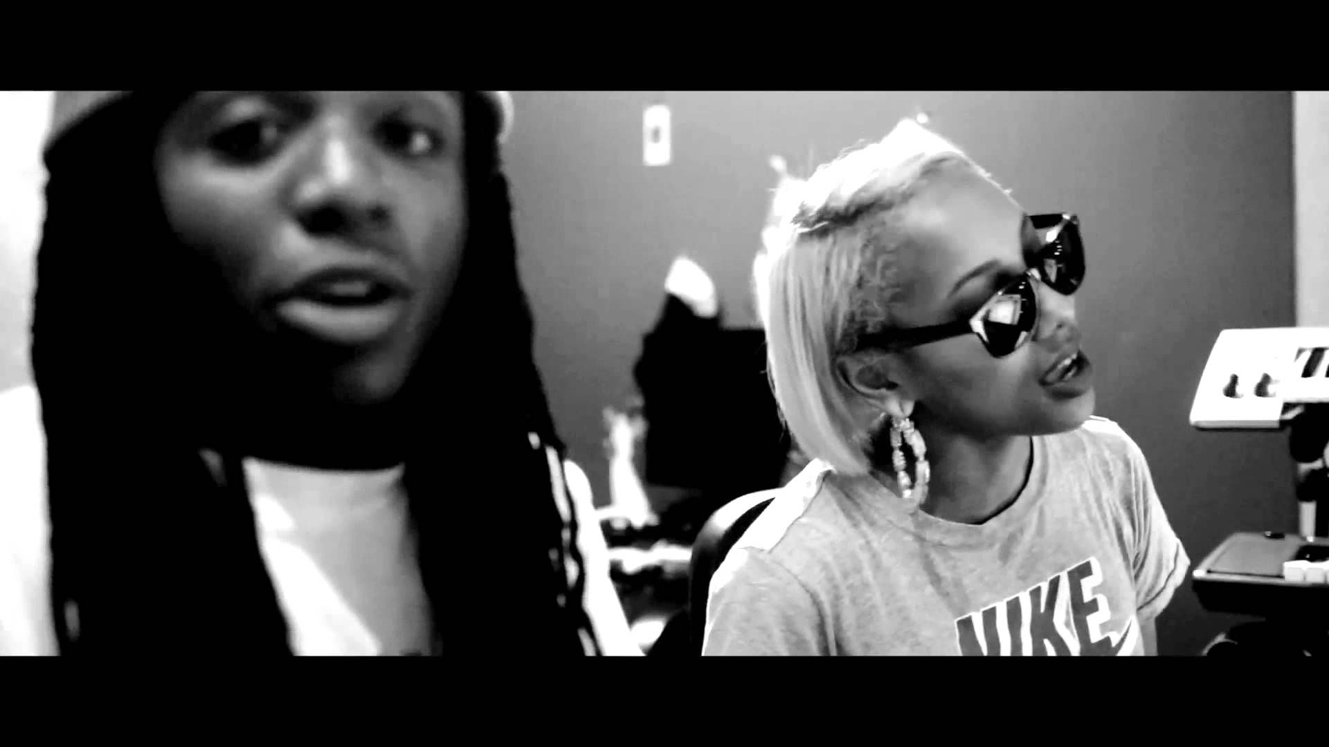 Jacquees Let It Snow Cover Ft Shantee Tyler Classic Christmas Songs Let It Snow Let It Be