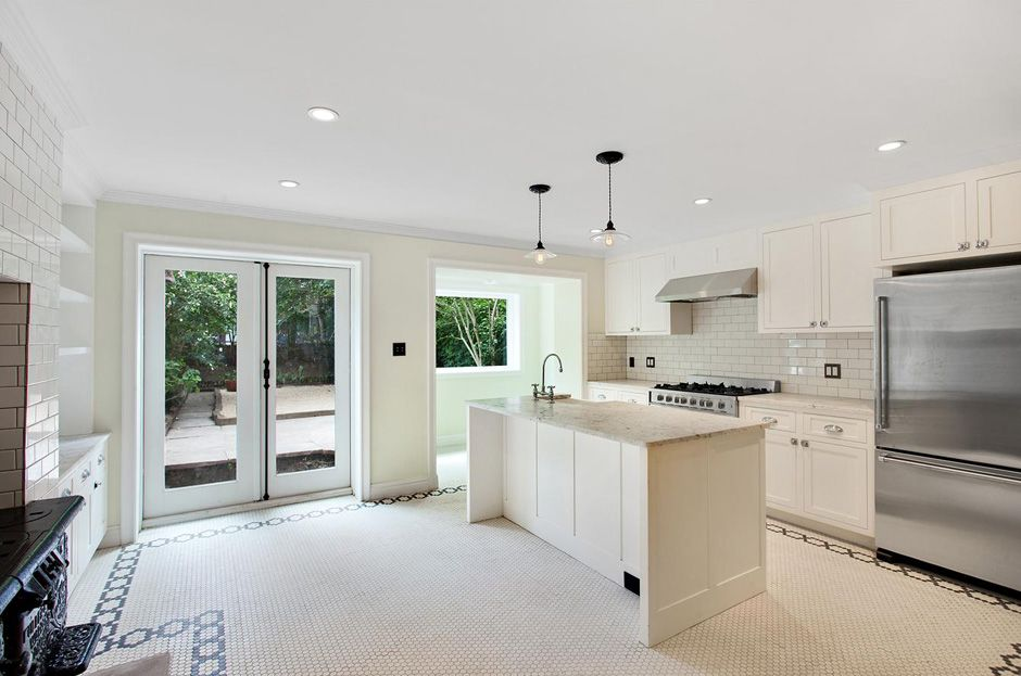 Traditional Brooklyn Townhouse Kitchen by Steering House ...