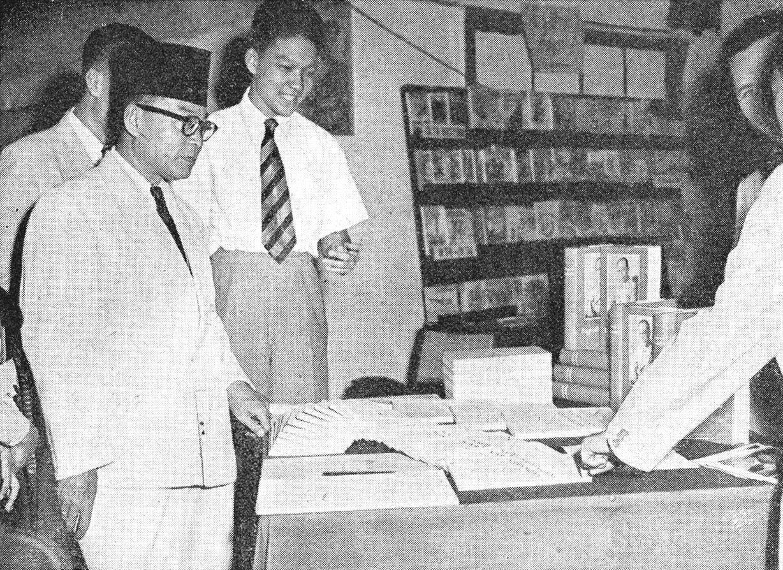 Gambar Pahlawan Mohammad Hatta