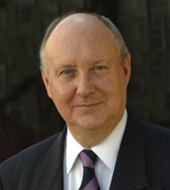 Day 12: Sir Kenneth Calman  Photo credit: (University of Glasgow)  Location: University of Glasgow, Glasgow  More at: http://www.glasgowcityofscience.com/about-us/our-demonstrator-projects/177-12-days-of-science-at-christmas