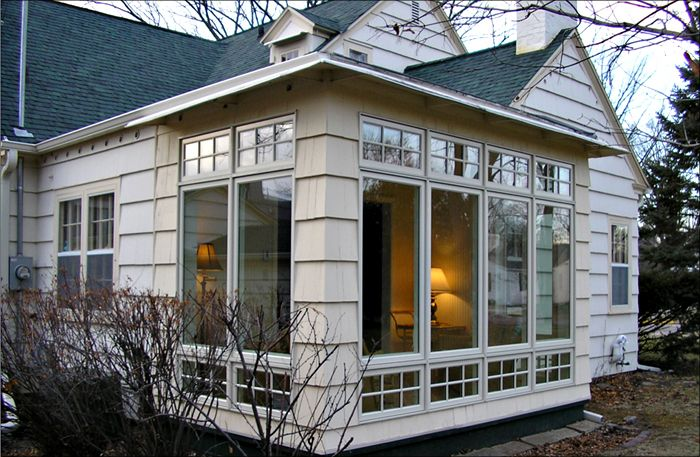 Screened porch interior cozy living pinterest for Four season room addition plans