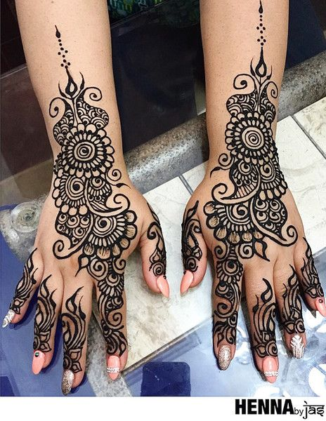 Most Amazing Simple Tattoos: As A Finalist In Our Annual Mehndi Contest, This Super