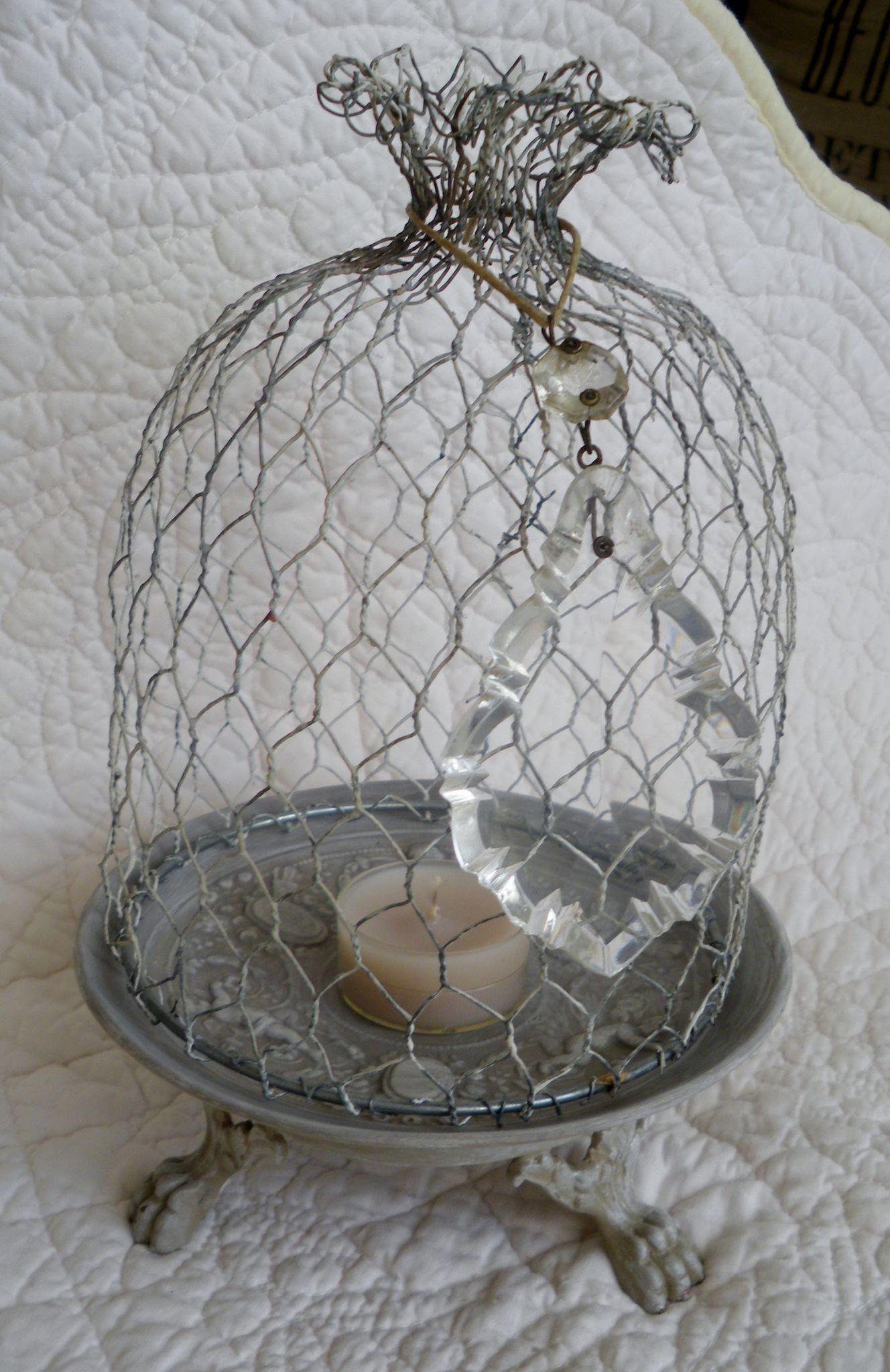 IMGP4837 | CLOCHES 2 | Chicken wire crafts, Chicken wire, Easter crafts